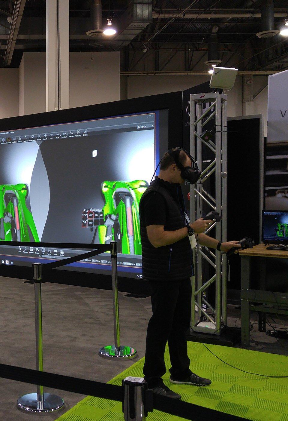 IGI demo of head mounted display VR at Autodesk University