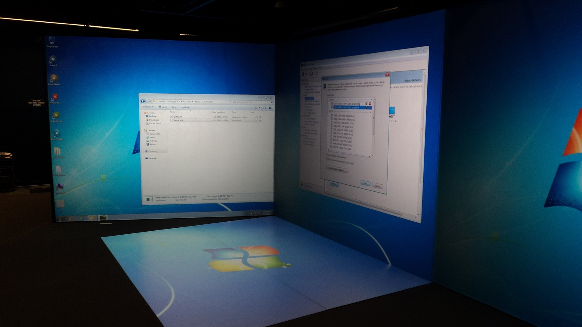 IGI flex cave system microsoft OS large HD screen projection