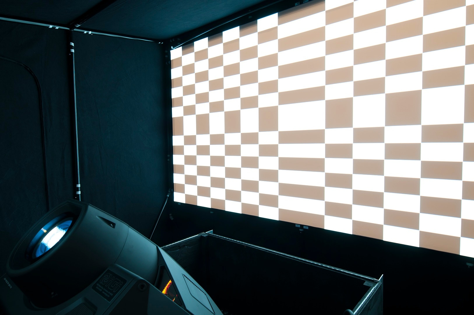 IGI PowerWindow projection systems equipment install