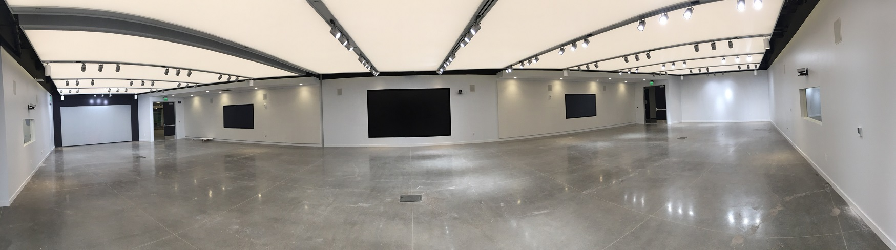 Commercial AV in multi-purpose collaboration space